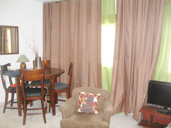 a louer studio meuble centre ville dakar. Black Bedroom Furniture Sets. Home Design Ideas